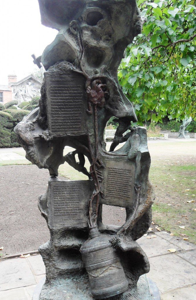 'Henry IV' by Greg Wyatt in New Place's gardens