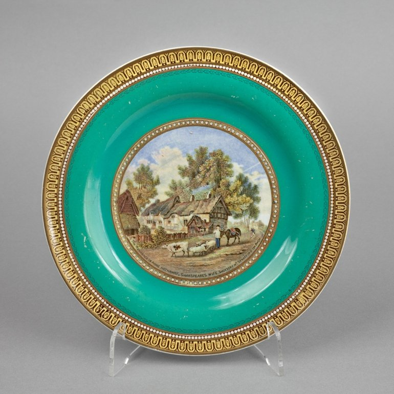 Prattware plate with turquoise rim, mid to late 19th century
