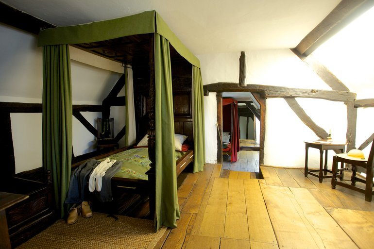 The Hathaway bed