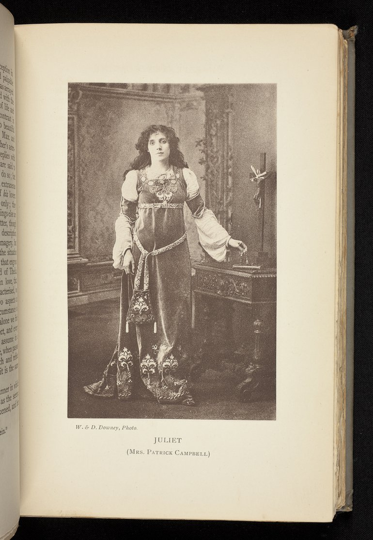 Beatrice Patrick-Campbell as Juliet