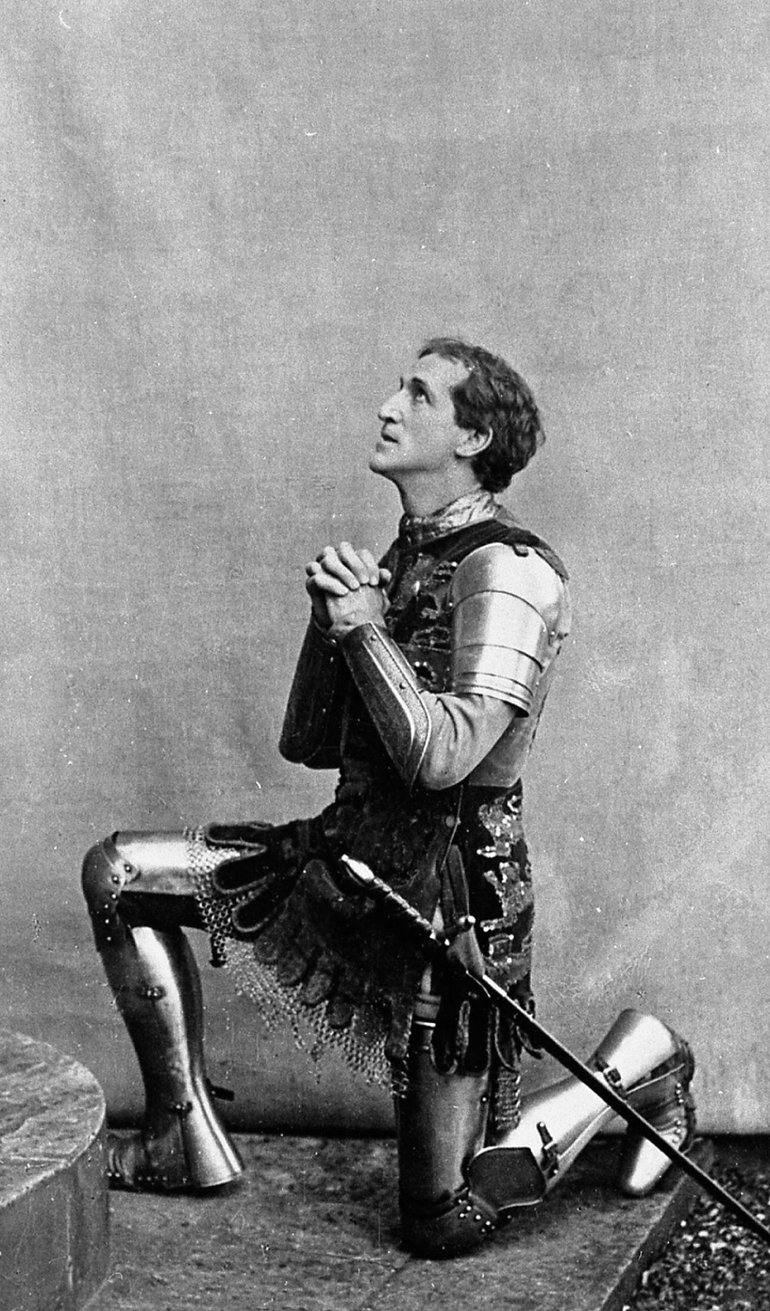 Frank Benson dressed as King Henry V, 1913.