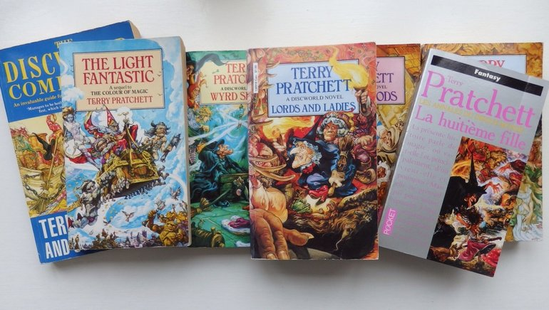 Discworld Collections Larger Size
