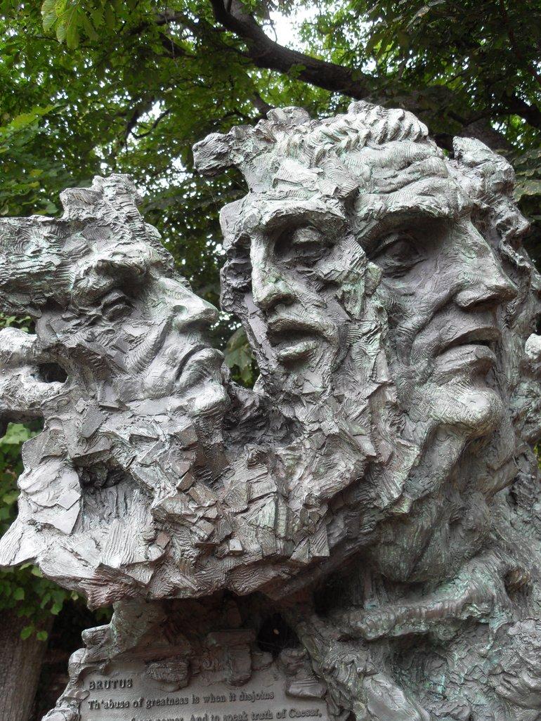 Greg Wyatt sculpture of Julius Caesar in the gardens at Shakespeare's New Place.