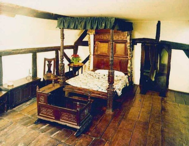 Jacobean bed hangings