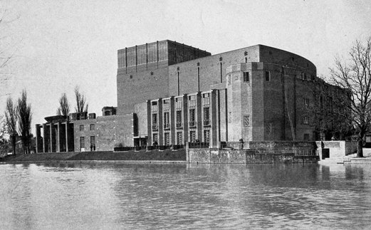 The new Shakespeare Memorial Theatre in 1932