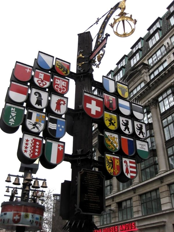 monument to mark Switzerland's 700th anniversary