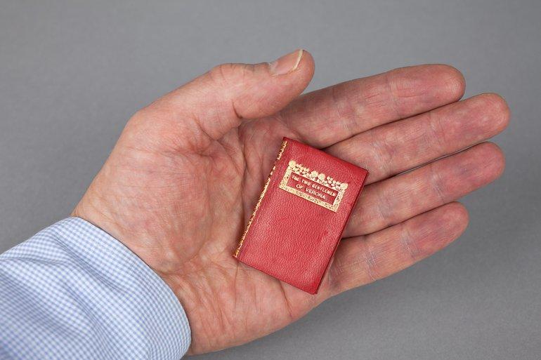 Miniature book Blair and Ellen Terry edition