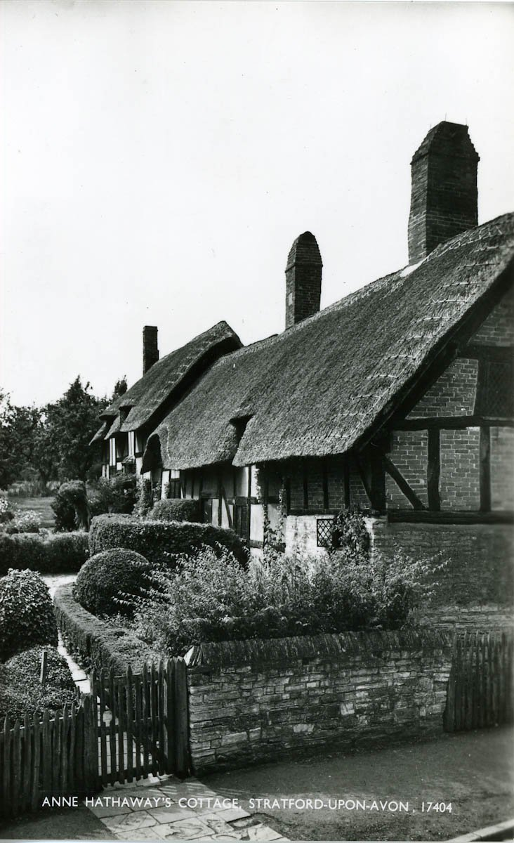 facade of Hathaway Cottage